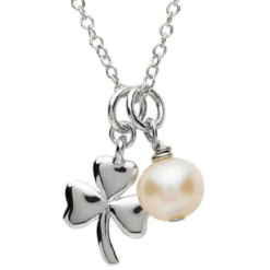 Shamrock Pearl Necklace