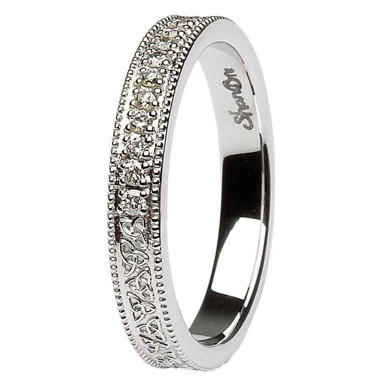 a0e92fc28451c Diamonds and Celtic Trinity Knots Wedding Band