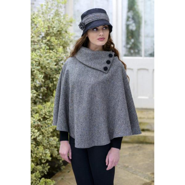 Gray Tweed Poncho Mucros