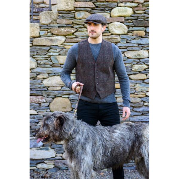 Modeled Brown Waistcoat Tweed Muckros Wool 335-1 (1)