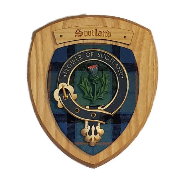 SIngle Scottish Mounted Belted Shield Yellow Wood